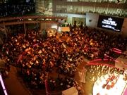 六本木ヒルズでドイツの合唱団によるクリスマスコンサート